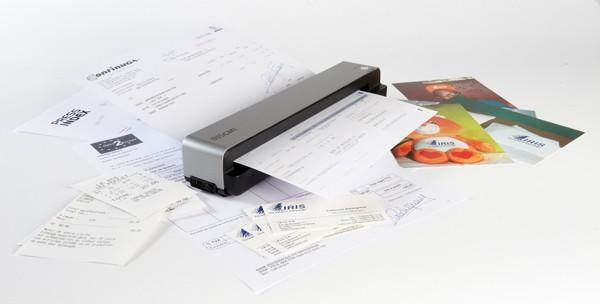 IRIScan Anywhere 3 saves your receipts and photos without the cables