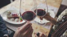 Le vin rouge, le café, les fruits et les légumes pourraient vous protéger contre le cancer du sein