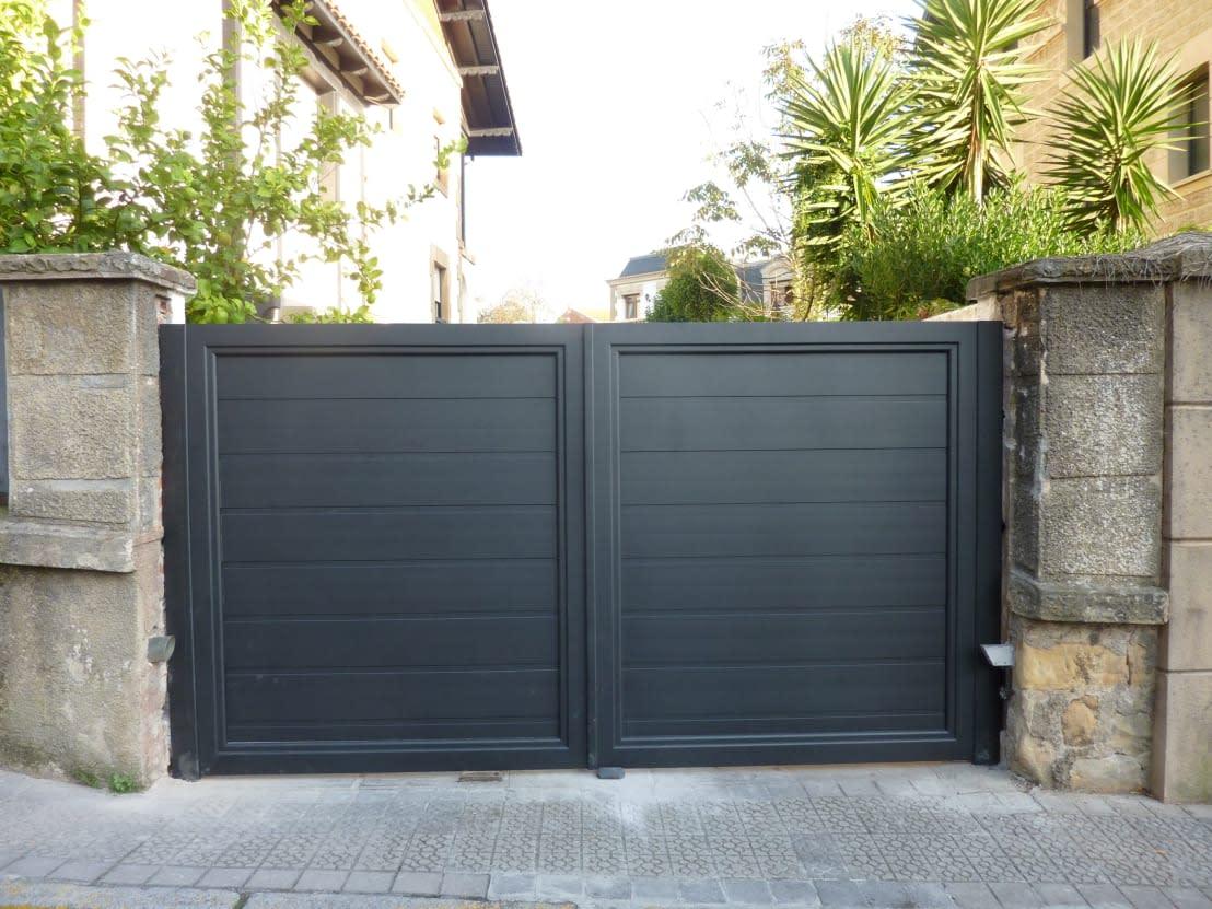 12 puertas de garaje modernas a prueba de ladrones