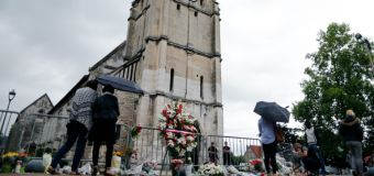 To publish or not? French media divided over attackers' photos