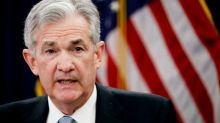Fed Chairman Powell Backs Gradual Rate Hikes, Warns of Trade Uncertainty