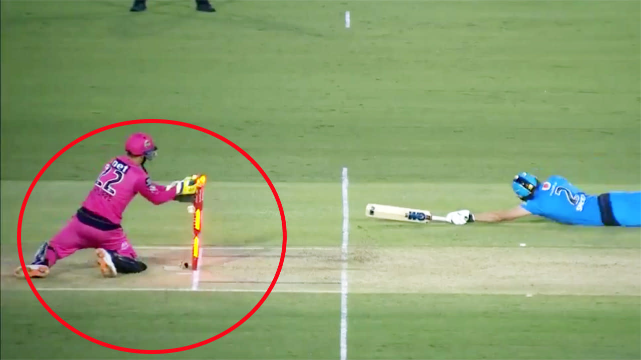 'Horrendous stuff': Big Bash rocked by 'embarrassing' umpire controversy