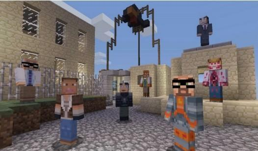 XBLA Minecraft's 'Skin Pack 3' features Half-Life and Awesomenauts skins
