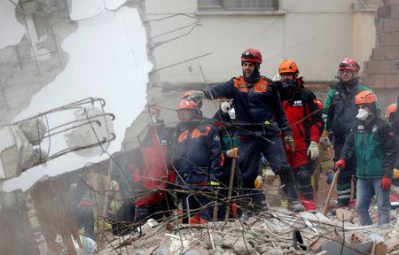 Death Toll In Istanbul Building Collapse Rises To 10 Governor