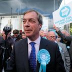 Nigel Farage faces probe 'for failing to disclose payments from Arron Banks'