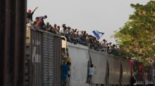 Lawsuit: US border officers questioned journalists at length