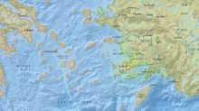 Strong quake off Turkish and Greek coasts kills two, injures scores more