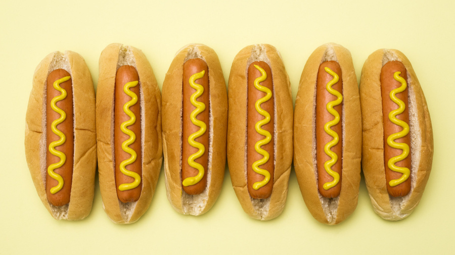 1 ton of hot dogs recalled, concerns about metal pieces