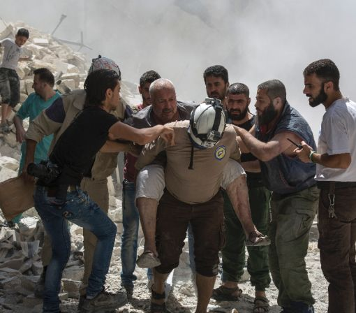 Syria regime advances on rebels in Aleppo: monitor