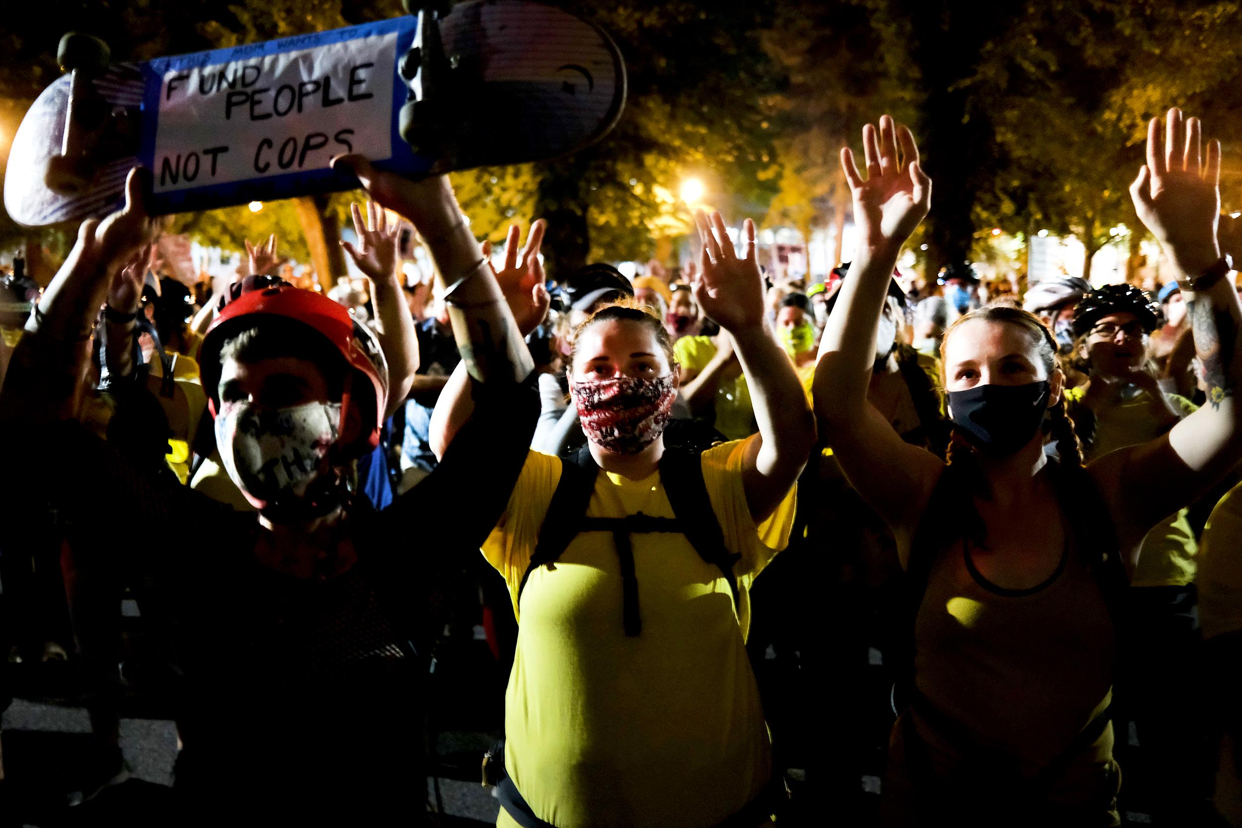 Portland protests peaceful after federal officers scale back presence