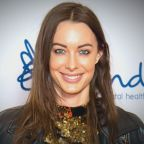 YouTube Star Emily Hartridge's Boyfriend Breaks Down While Reacting to Her Untimely Death