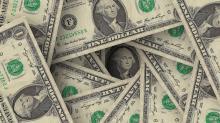 Dólar cai mais de 1%, a R$ 3,68, e volta aos preços de maio