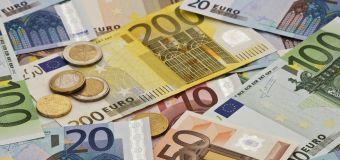 En arrêt maladie, elle détourne 550 000 euros