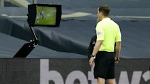 Sports stars weigh in on VAR debate – Sunday's sporting social