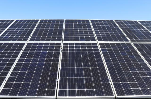 UK's biggest solar plant gets the official go-ahead