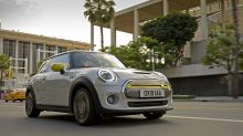 BMW unveils the first all-electric Mini with the Cooper SE