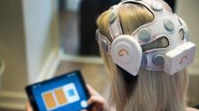 Headset catches early signs of dementia by scanning brain waves
