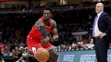 27 turnovers! Bulls keep moving in wrong direction