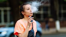 """Qué es """"la Enfermedad del Vaping"""" y cuáles son los peligros del cigarrillo electrónico"""