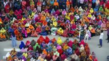 Operários são demitidos após greves em fábricas têxteis em Bangladesh