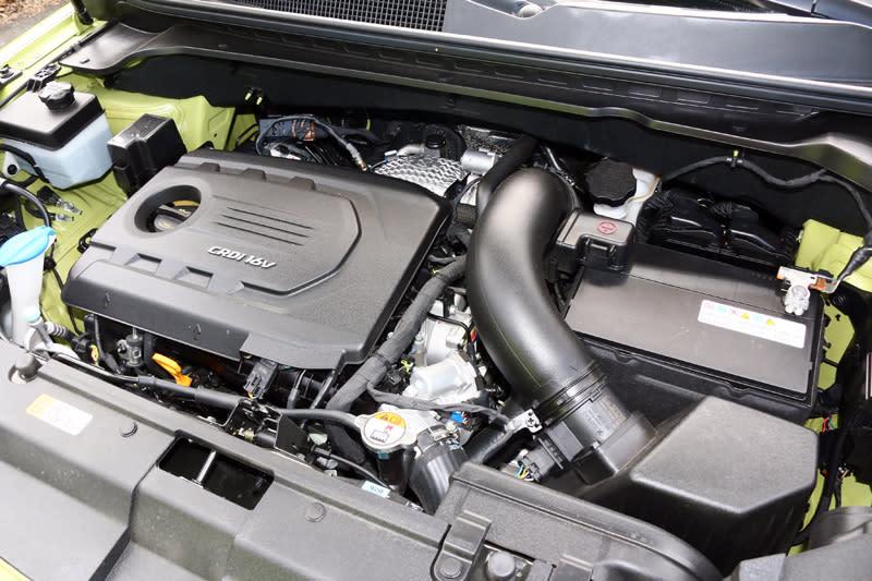 搭載之排氣量1582c.c.的柴油引擎,可輸出136ps/4000rpm最大馬力與30.6kgm/1750~2500rpm之最大扭力。