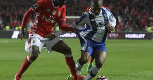 Foot - POR - Porto et Iker Casillas résistent au Benfica Lisbonne