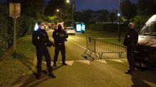 Lehrer bei brutaler Messer-Attacke bei Paris getötet