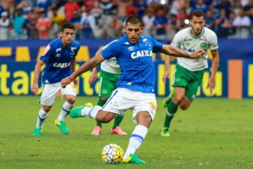 Huracán detona Cruzeiro, que ainda não o pagou por Ábila: 'Vergonha'