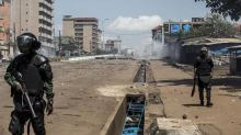 Présidentielle en Guinée : des violences éclatent dans les rues de Conakry après la victoire d'Alpha Condé