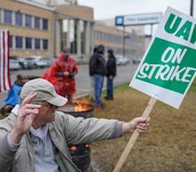 GM-UAW deal calls for 9,000 jobs, $9,000 ratification bonus, e-truck at Detroit-Hamtramck