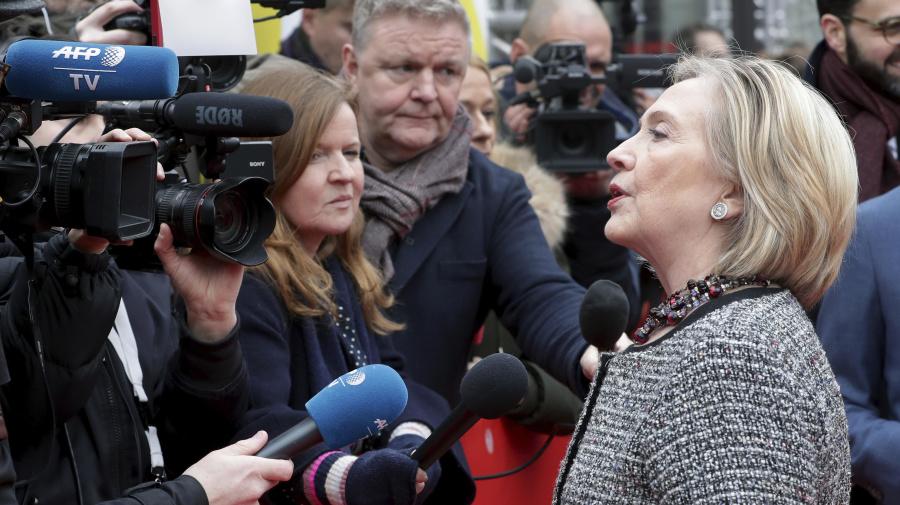 Clinton calls Trump 'danger to democracy'
