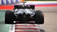 Hamilton se impone a Bottas en el último entrenamiento, con Sainz tercero