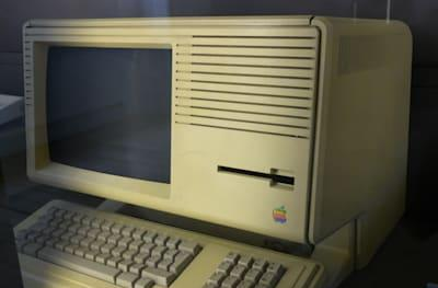 Before Macintosh there was Lisa and its incredible demo video