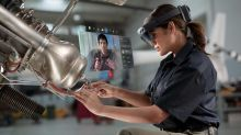 Microsoft Advances Augmented Reality Field With HoloLens 2