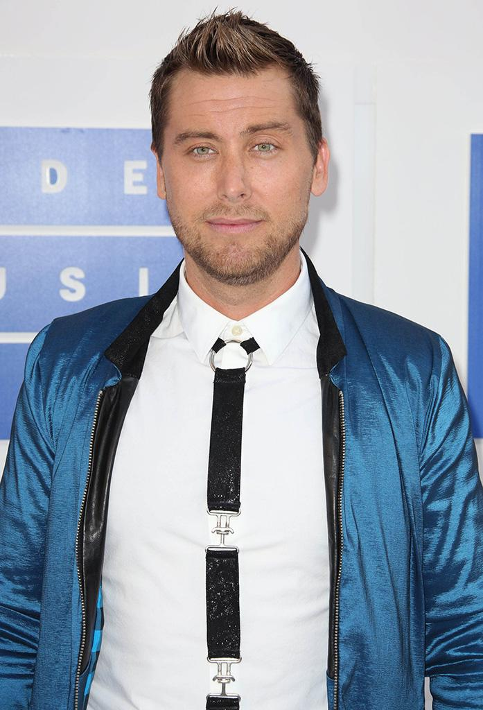Lance bass has the best nurses ever while recovering