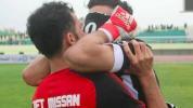 Un gardien joue le lendemain de la mort de son fils et craque au coup de sifflet final