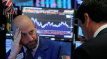 Fraqueza em Wall Street dita queda do Ibovespa; Fibria e WEG abrem temporada de balanços