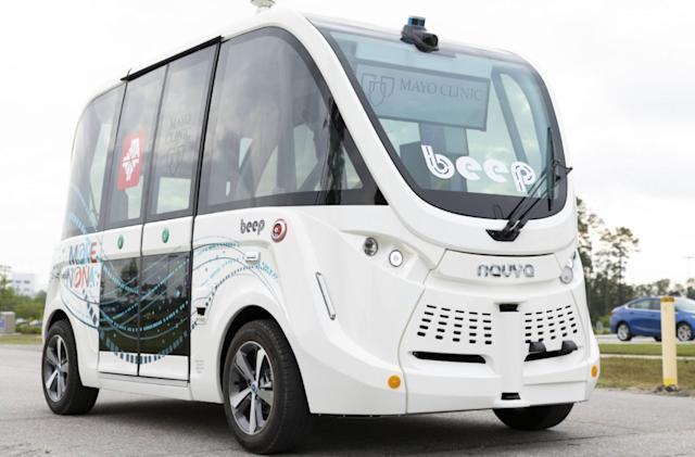 Self-driving shuttles are ferrying COVID-19 tests at a Florida clinic