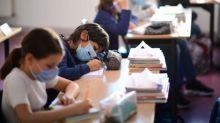 Covid-19 : comment le protocole sanitaire à l'école s'est révélé un exercice plus compliqué que prévu