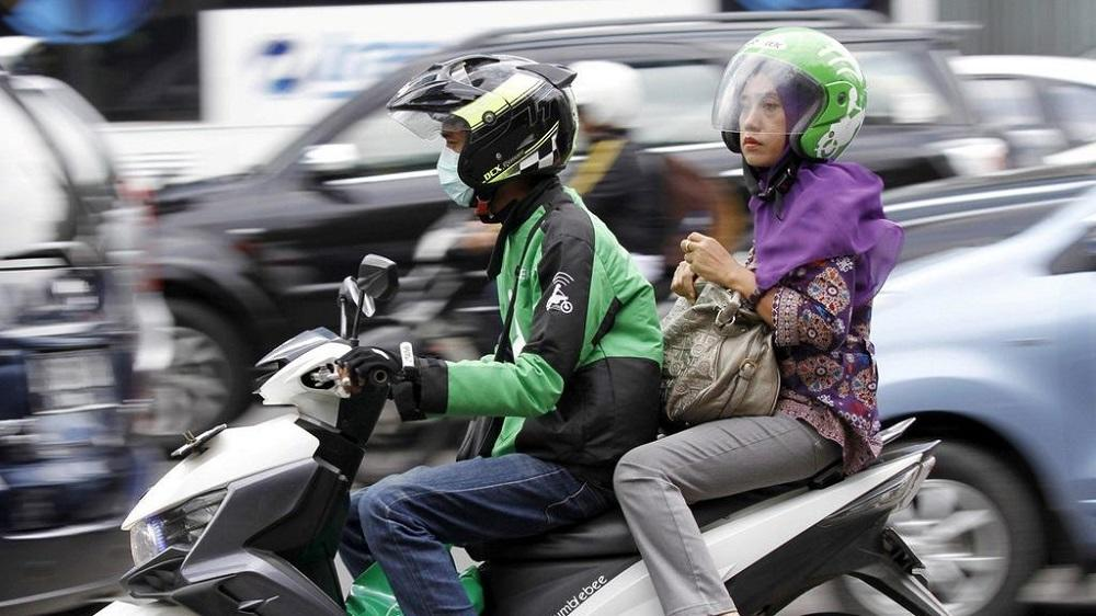 Selangor mufti: Motorcycle ride-sharing services 'un-Islamic', as men and women ride together