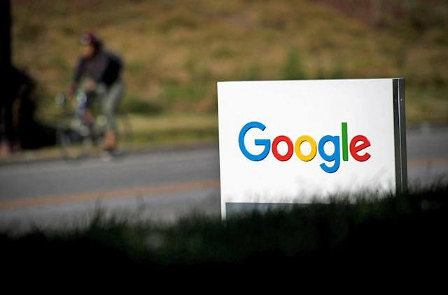 Google employees push back on censored China search engine (update)
