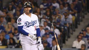 Dodgers' frustrations boil over: 'We suck'