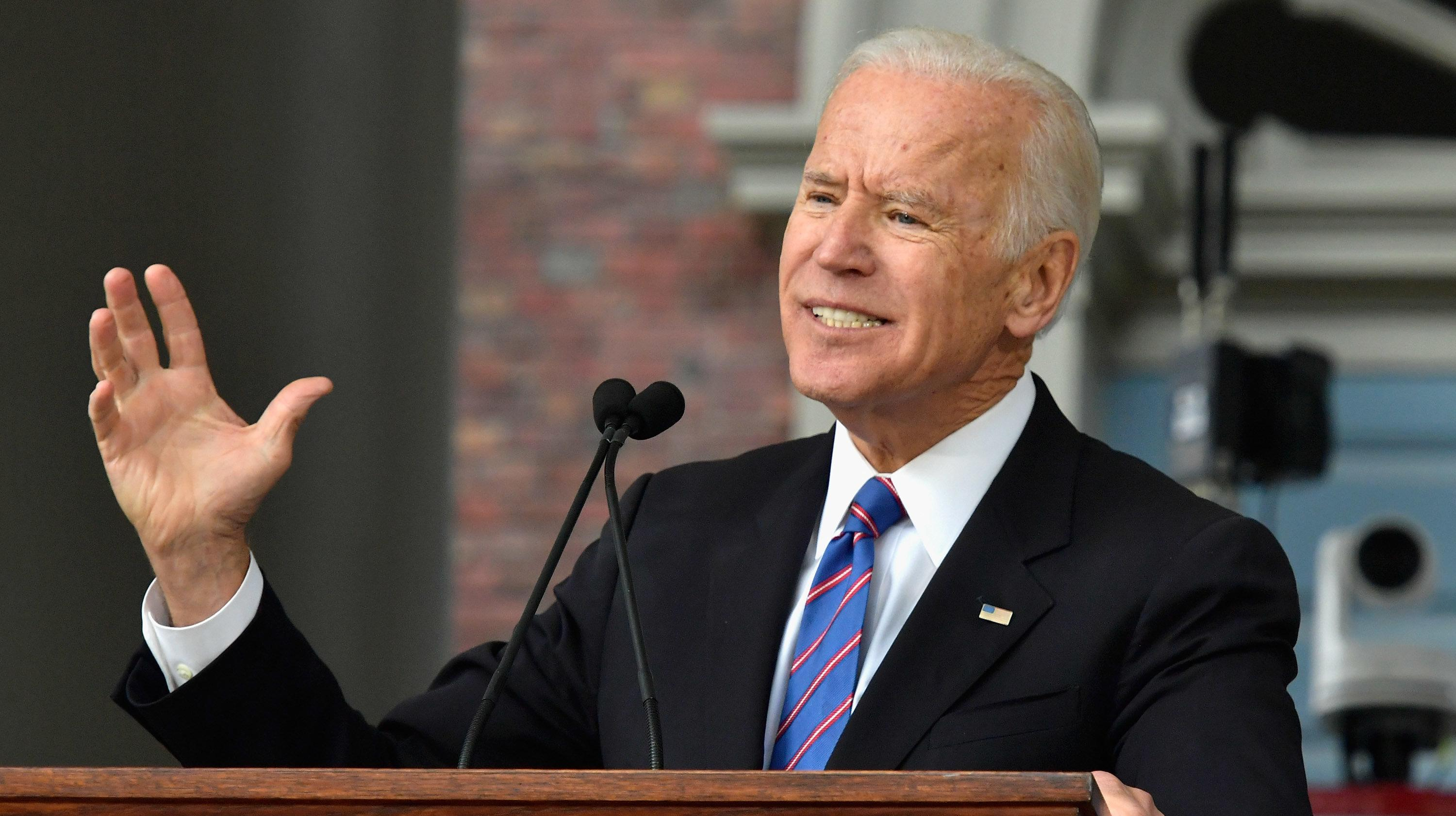 joe biden - HD 1910×1000