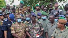 """Mali : les soldats qui ont renversé le gouvernement promettent un président de transition, """"un militaire ou un civil"""""""