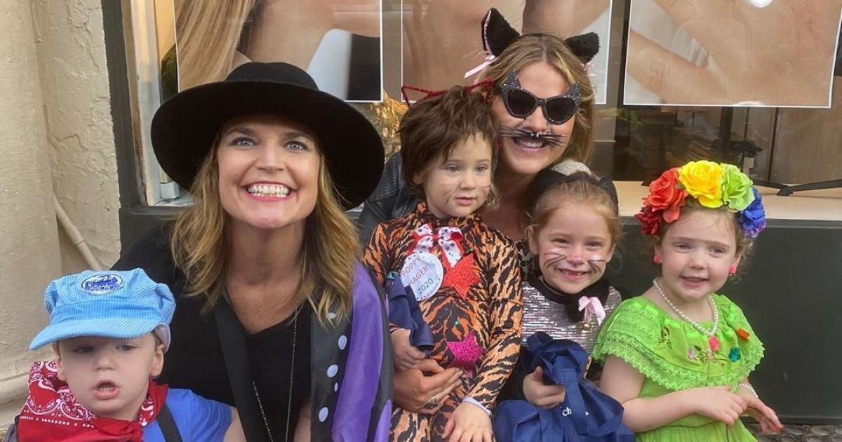 Jenna Bush Hager Savannah Guthrie Take Their Kids Trick Or Treating Together For Annual Tradition