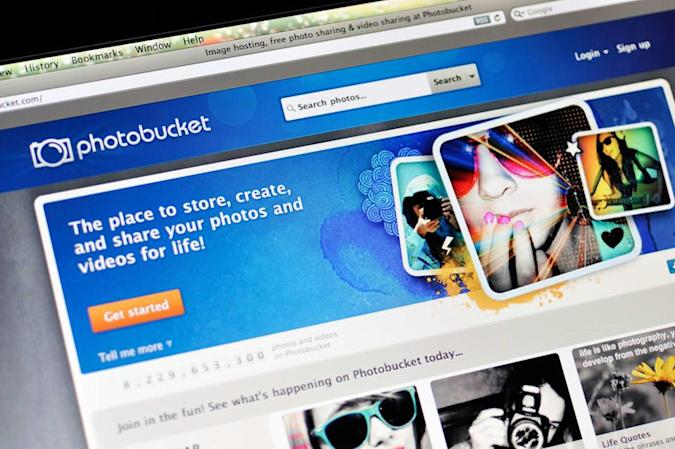 'Photofucket' devs arrested for selling their pic-stealing app
