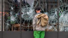 Paris Back to Normal After Police Quell 'Yellow Vests' Protest