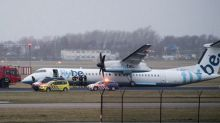 FlyBe airplane landing gear collapses at Amsterdam airport