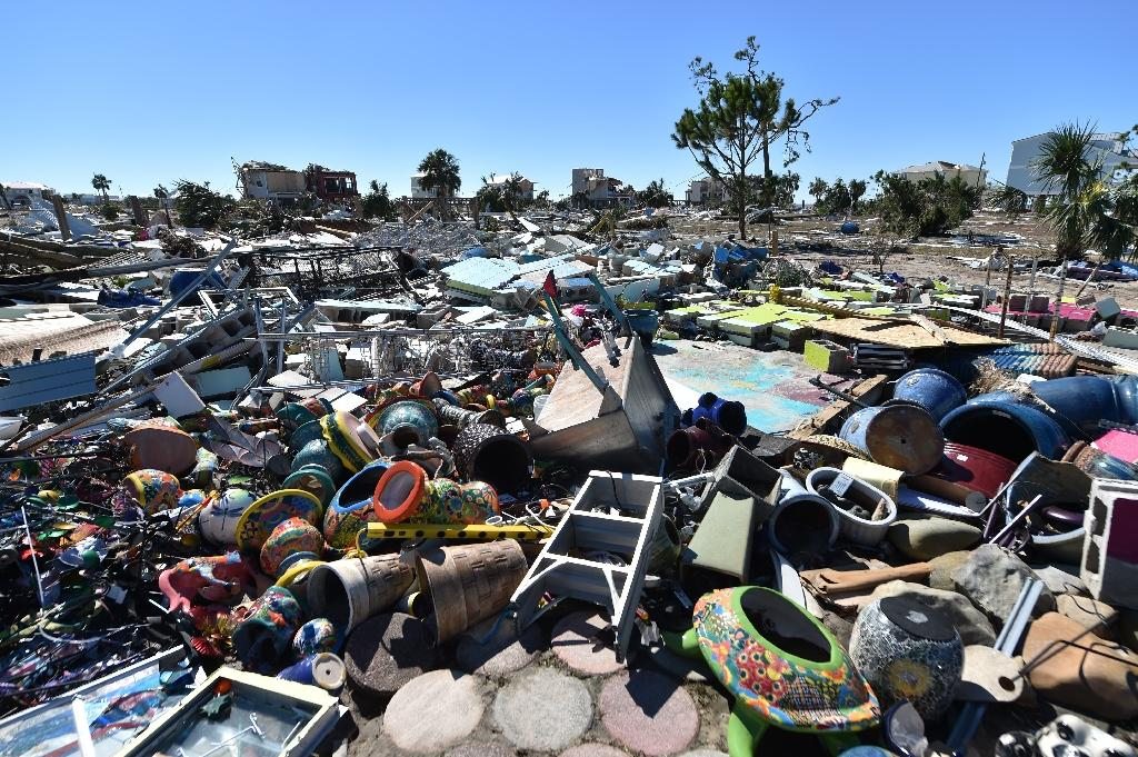 Some areas of Mexico Beach are simply a giant wasteland of debris (AFP Photo/HECTOR RETAMAL)