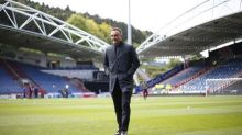 Carvalhal extends contract at Sheffield Wednesday